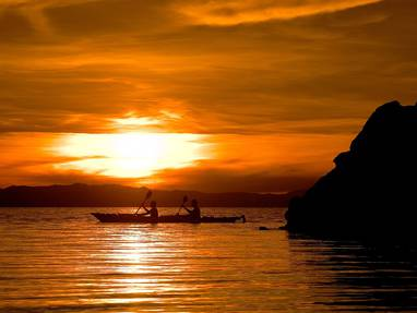 Paddling at dawn  south malawi