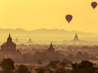 Bagan myanmar hot air balloon high