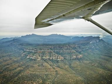 Ta sa scenic flight wilpena air over wilpena sound