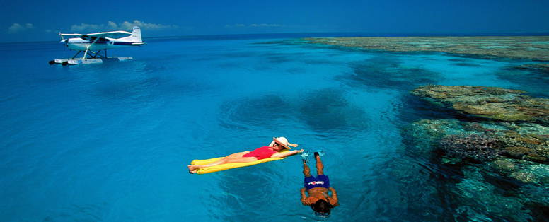 Australie_QLD_GBR_-_Couple_on_Hardy_Reef