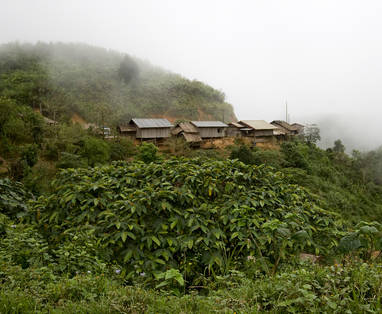 hmong_village_in_northern_laos