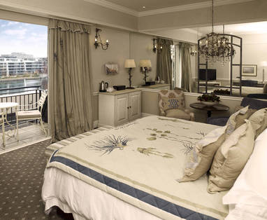 rooftop_luxury_room